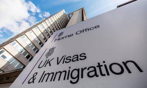 Imigração da UE: Governo britânico circula informação sobre a concessão de residência