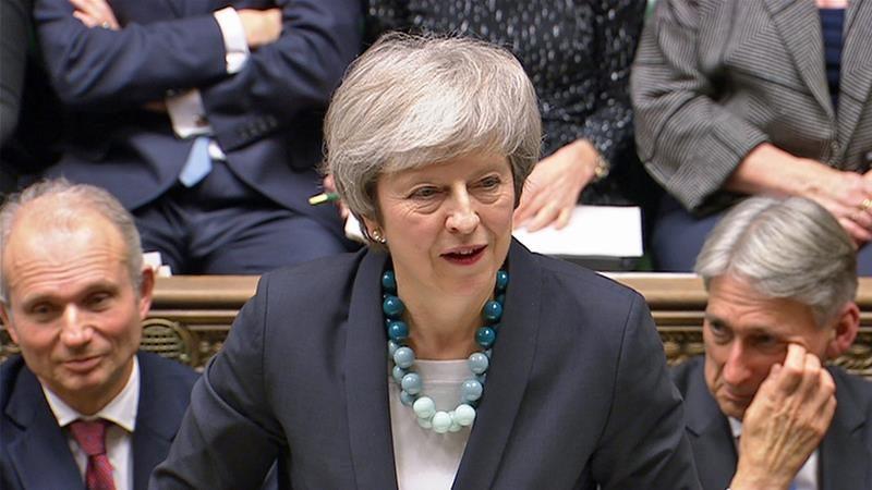 """48 deputados conservadores iniciam a """"batalha da liderança"""" e disputam o lugar de Theresa May"""
