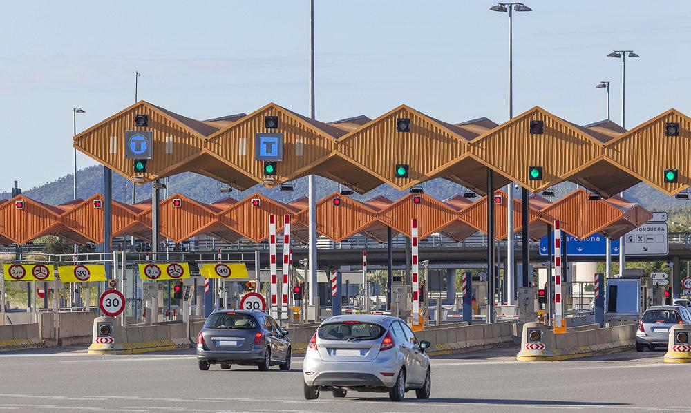 Alerta aos emigrantes para limitações rodoviárias entre Espanha e França