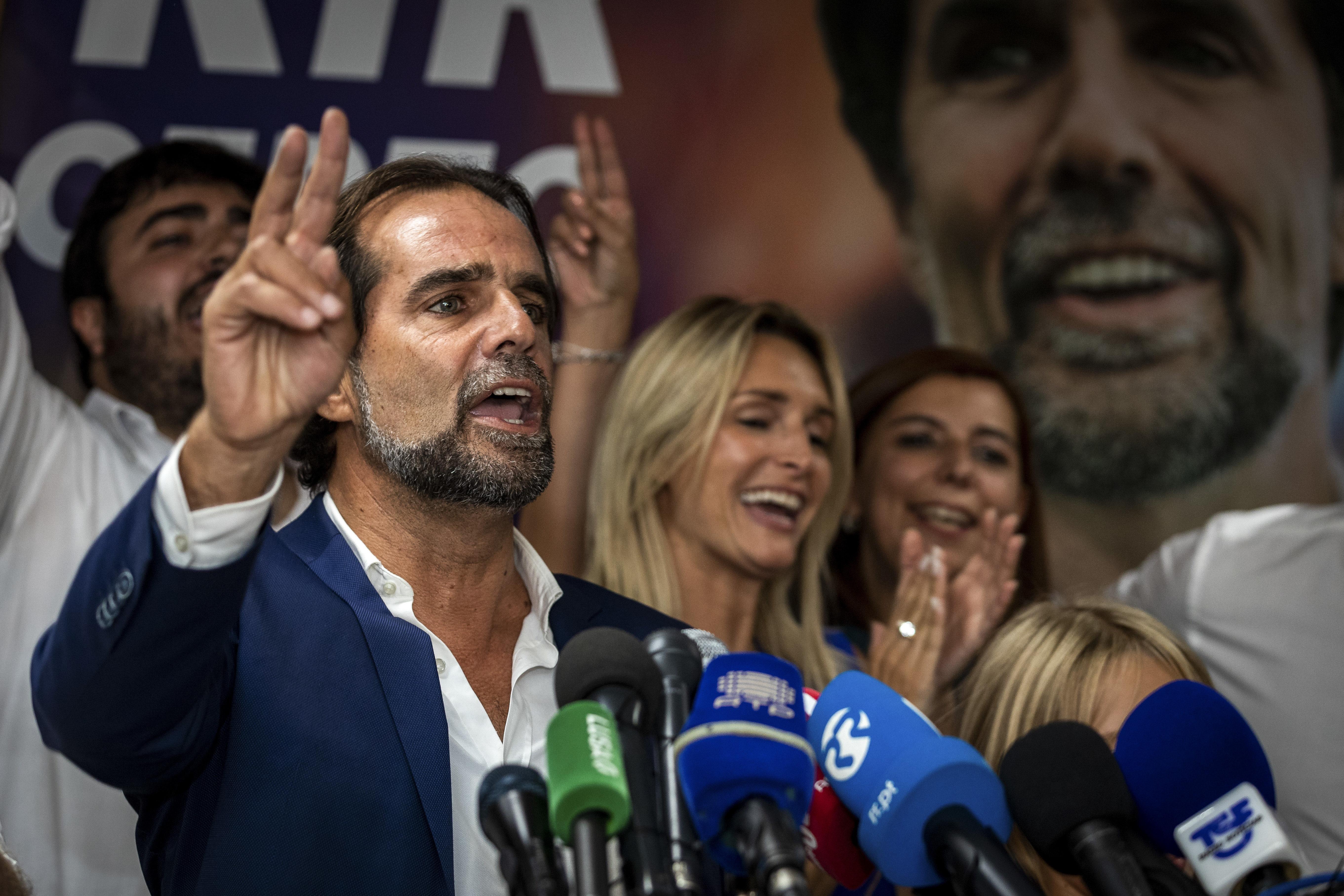 Eleições/Madeira: Miguel Albuquerque vence sem maioria e governará com o CDS