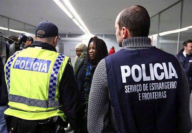 Covid-19: PORTUGUESES NÃO RESIDENTES SÓ PRECISARÃO DE TESTE CASO APRESENTEM SINTOMAS À CHEGADA A PORTUGAL