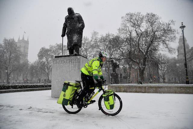 País das Maravilhas: Neve em Londres