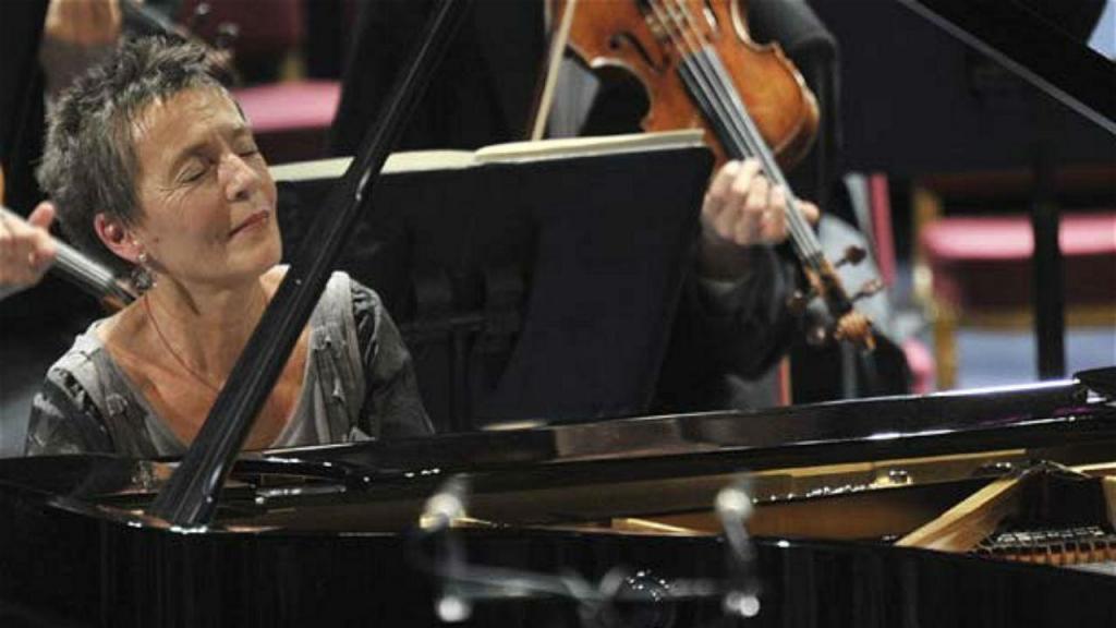 Pianista Maria João Pires abre programação musical 'online' da Gulbenkian